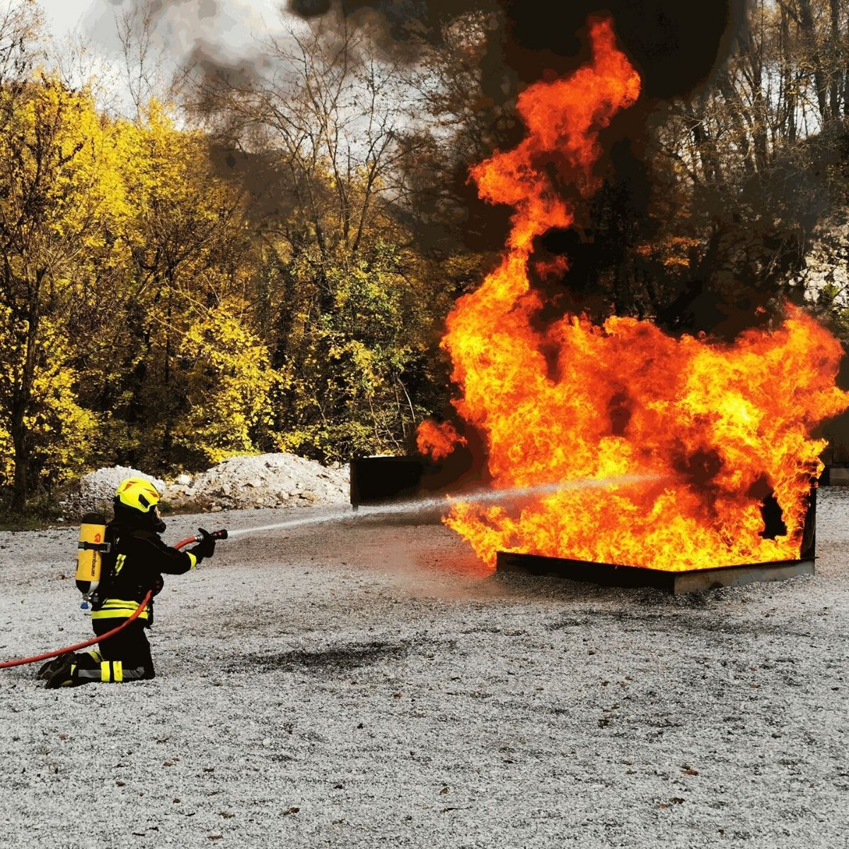 Feuerlösch-Trailer - Entdecken Sie hier die Besonderheiten des Feuerlösch-Trailers von Bonpet und sichern Sie sich Ihren eigenen Feuerlösch-Trailer.